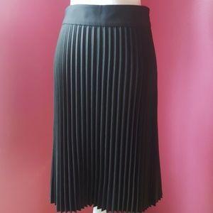 Ann Taylor Grey Micropleat Straight Skirt